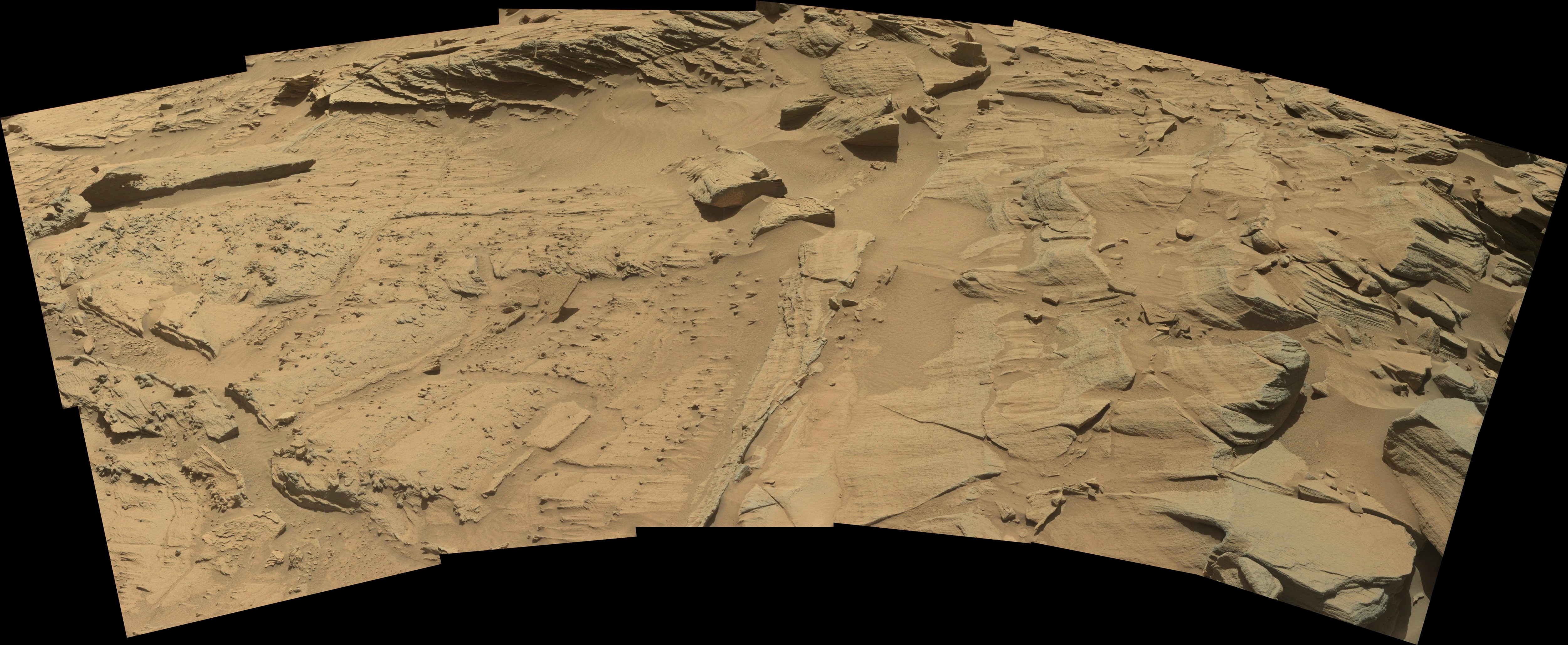 Curiosity Rover Panoramic View 1 of Mars Sol 1293 – Click to enlarge