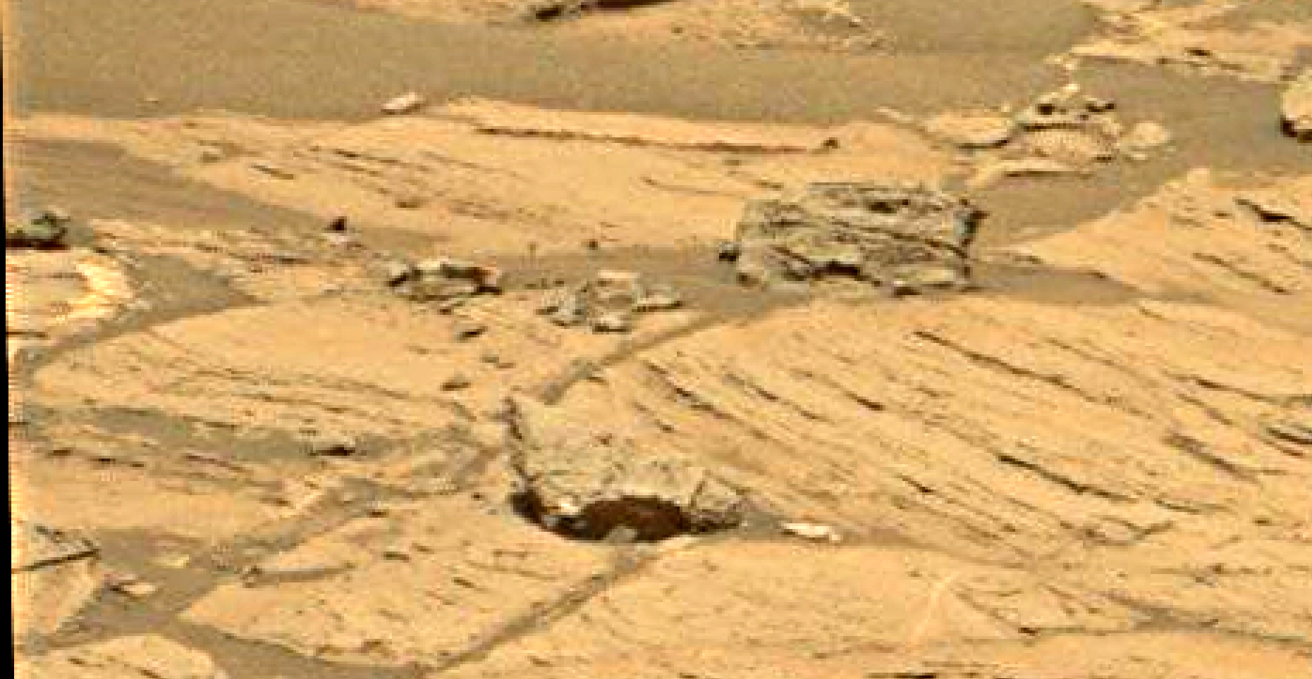 mars sol 1353 anomaly-artifacts 3 was life on mars