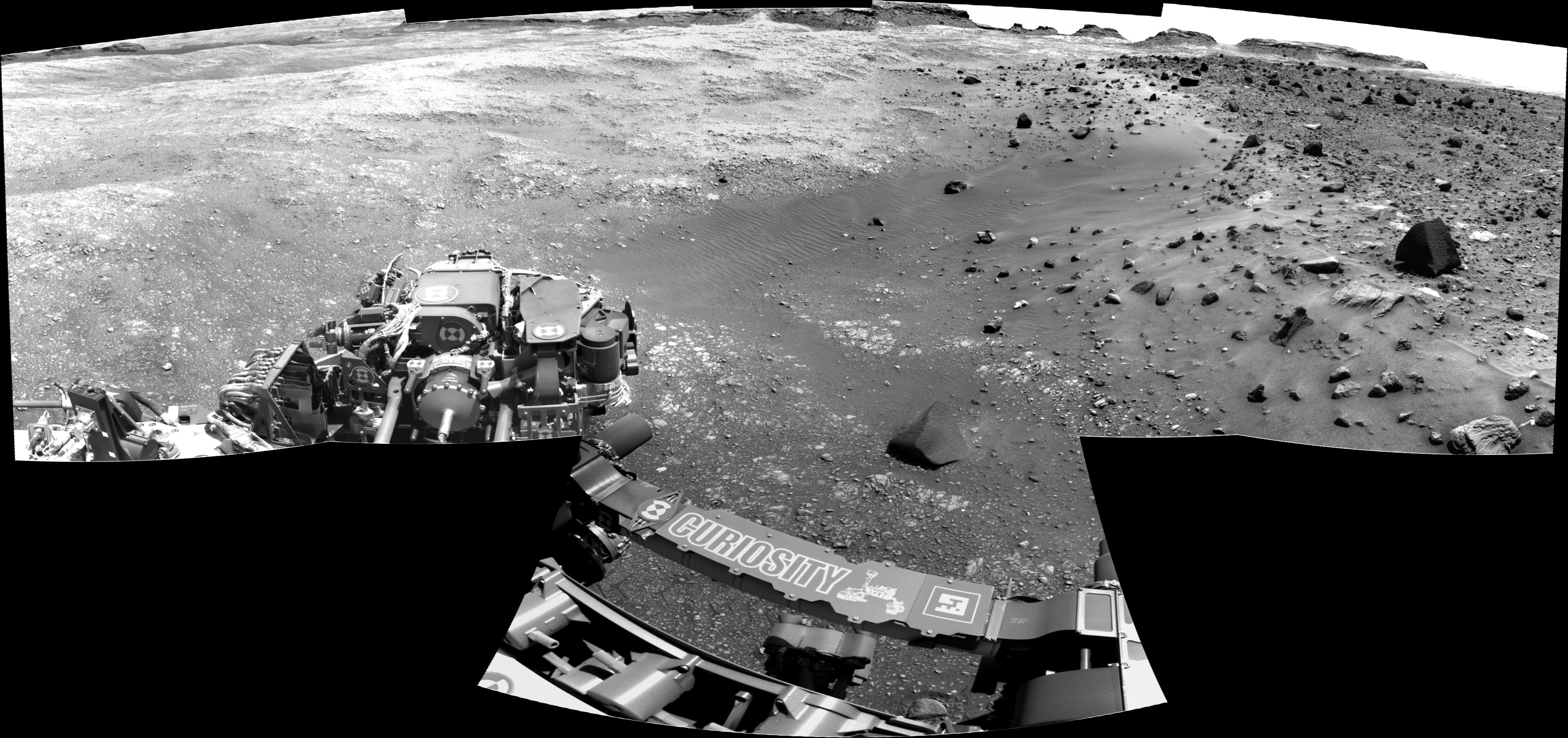 panoramic curiosity rover b&w view 1 - sol 1400 - was life on mars
