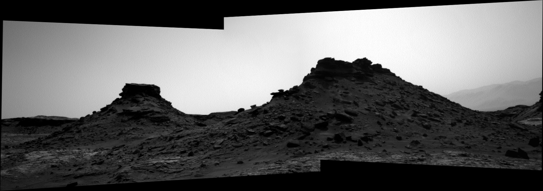 panoramic curiosity rover b&w view 1 - sol 1431 - was life on mars