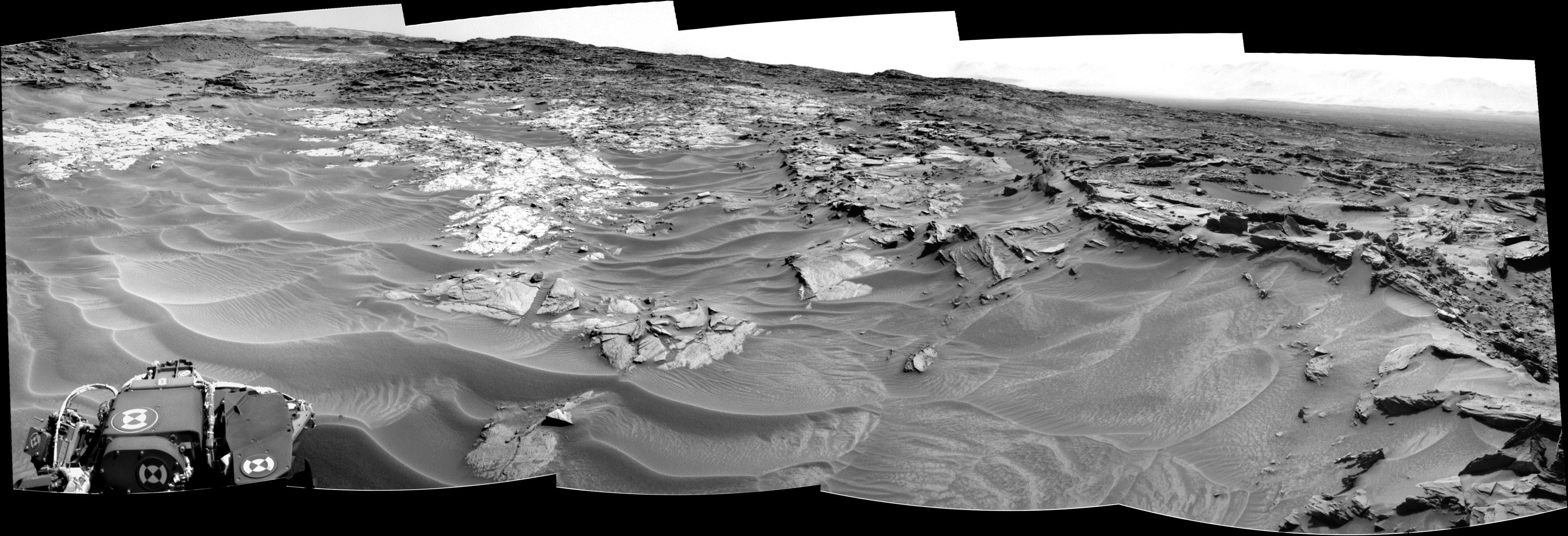 panoramic curiosity rover view b&w 1 - sol 1352 - was life on mars