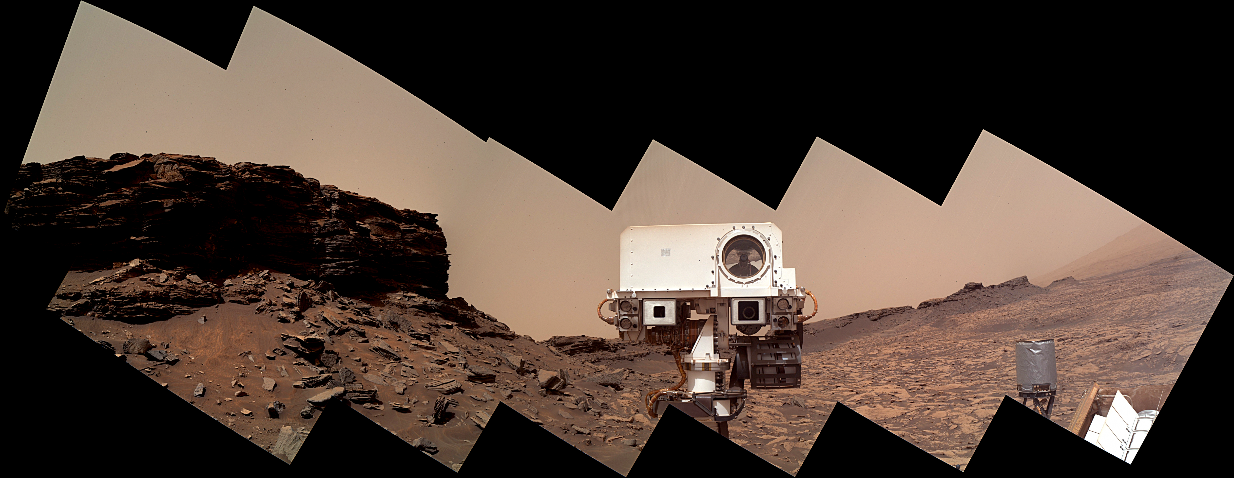 panoramic-curiosity-rover-view-mahli-1e-sol-1463-was-life-on-mars